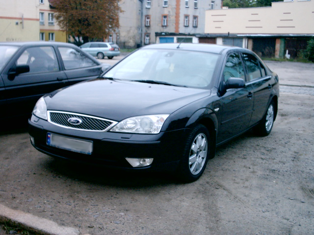 Ford Mondeo I: 7 фото
