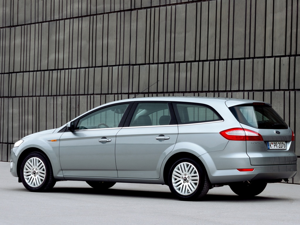 Ford Mondeo Wagon: 05 фото