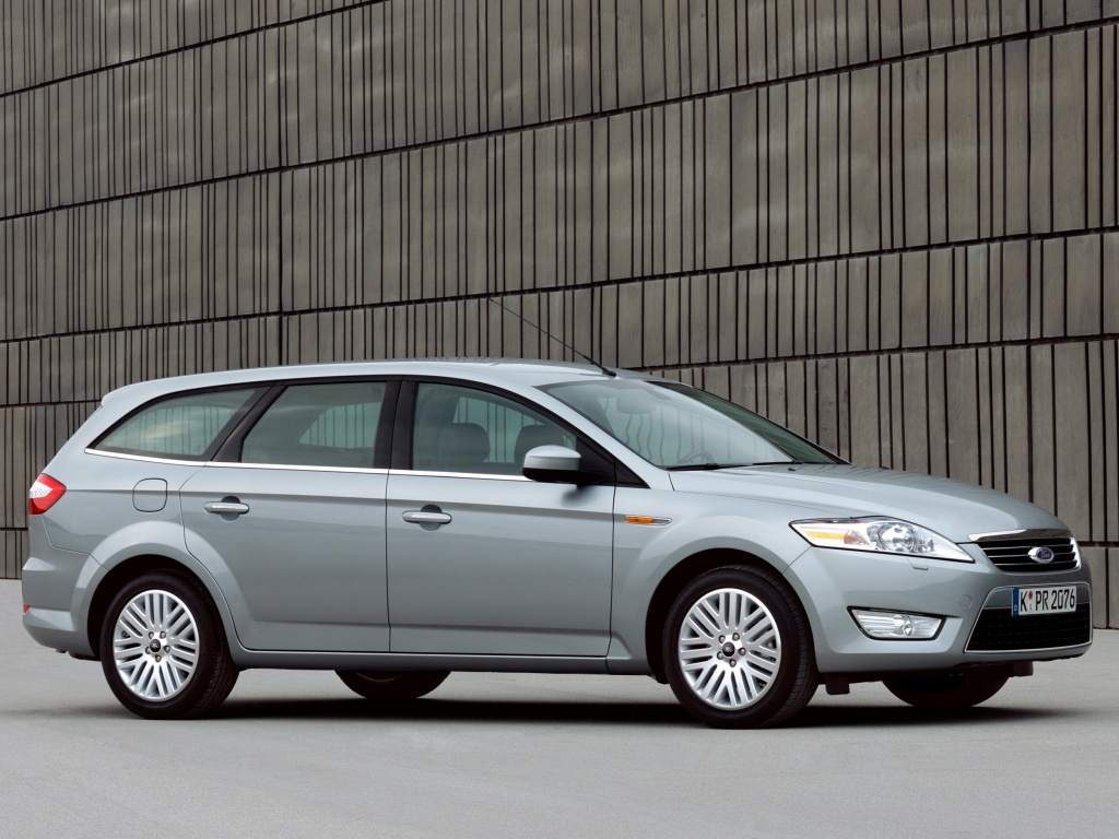 Ford Mondeo Wagon: 08 фото