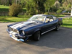 Ford Mustang: 2 фото