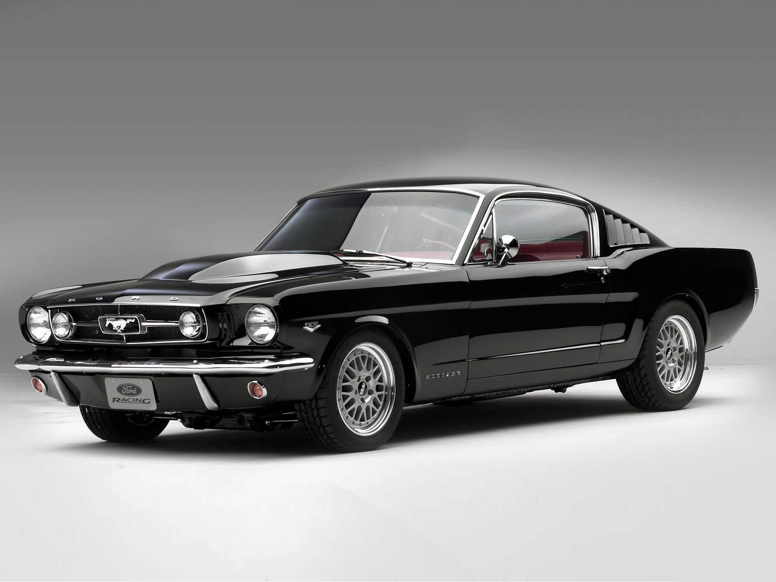 Ford Mustang: 5 фото