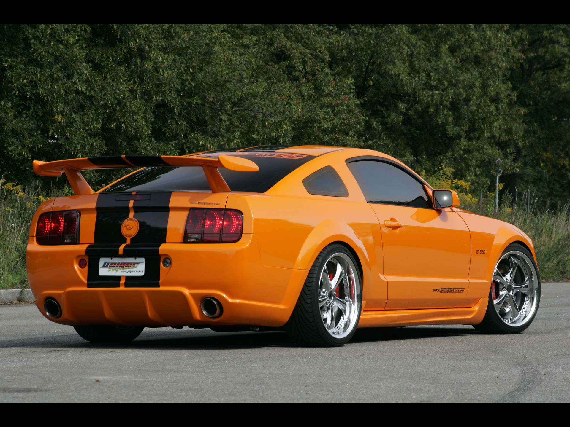 Ford Mustang: 11 фото
