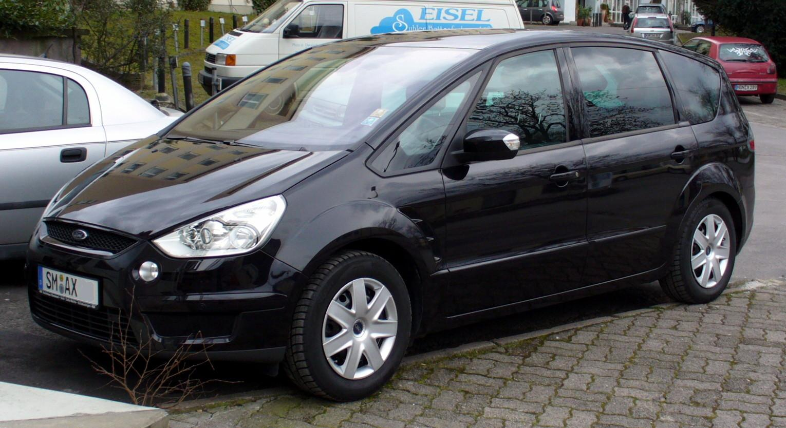 Ford S-Max: 09 фото