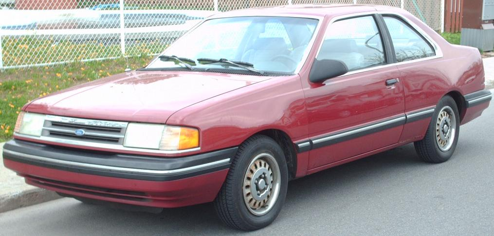 Ford Tempo: 09 фото