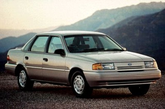 Ford Tempo: 11 фото