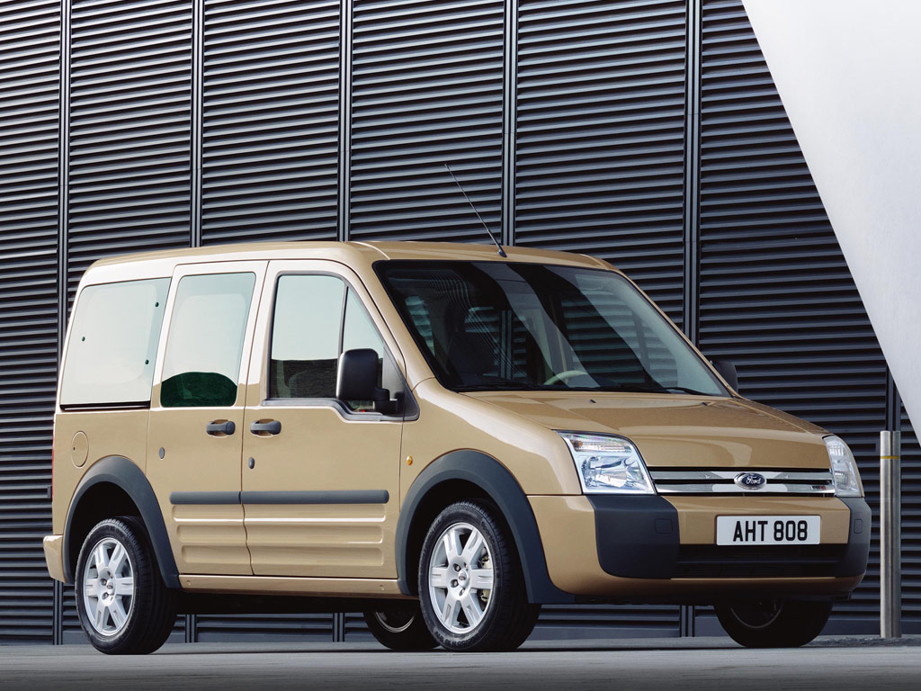 Ford Tourneo Connect: 4 фото