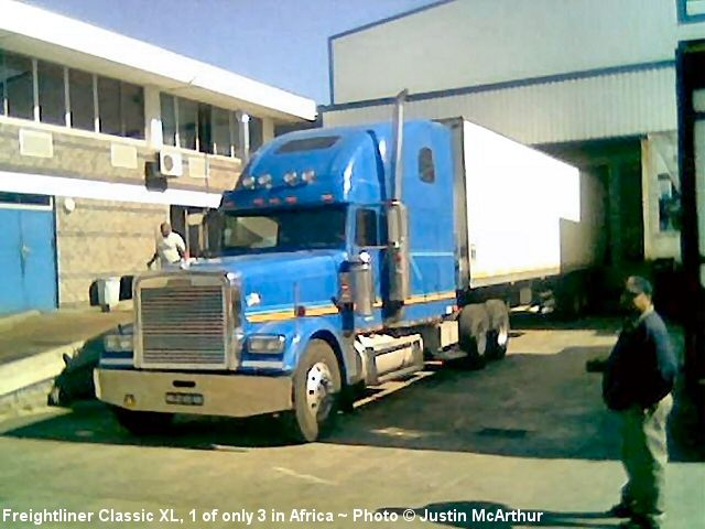 Freightliner Classic: 13 фото