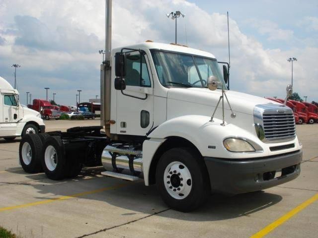 Freightliner Columbia: 09 фото