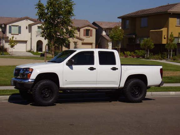 GMC Canyon: 08 фото