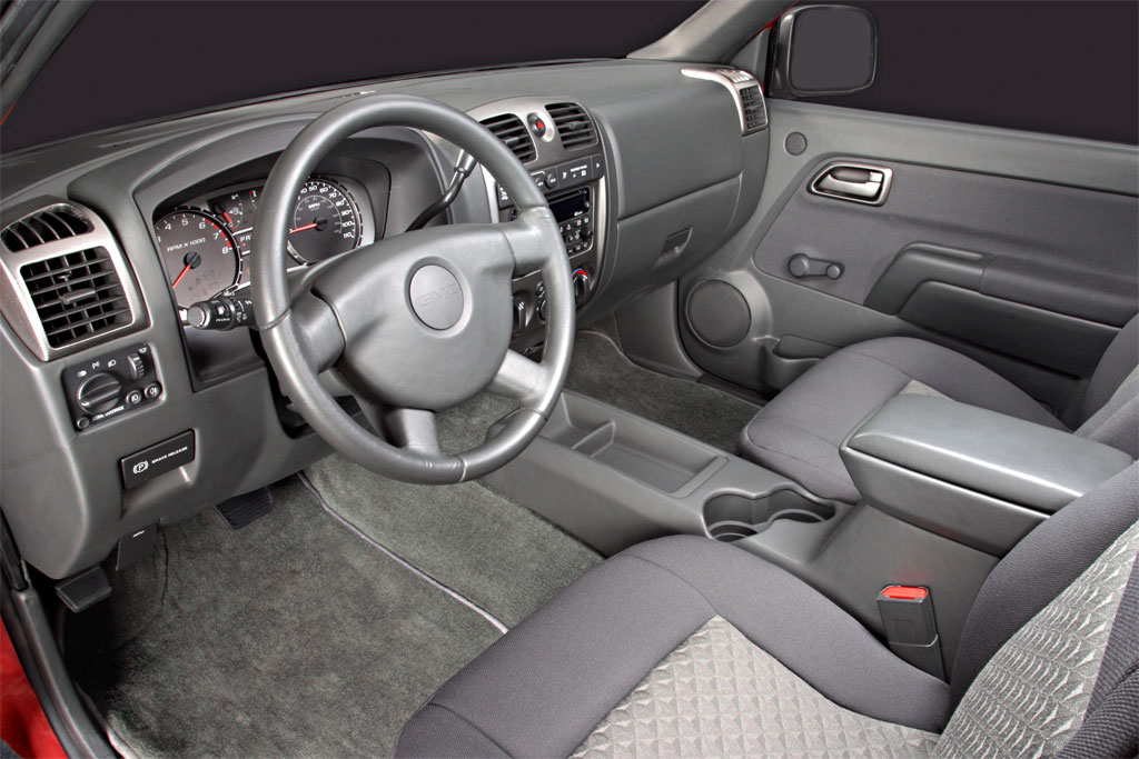 GMC Canyon: 09 фото