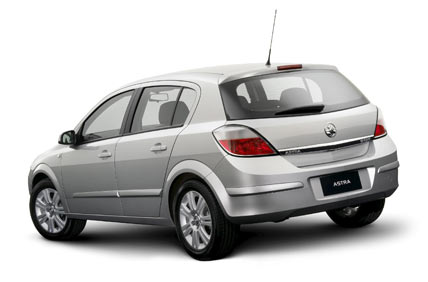Holden Astra: 4 фото