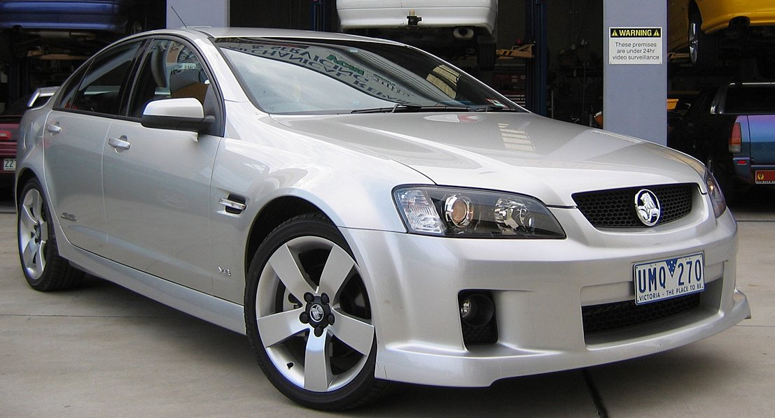 Holden Commodore: 07 фото