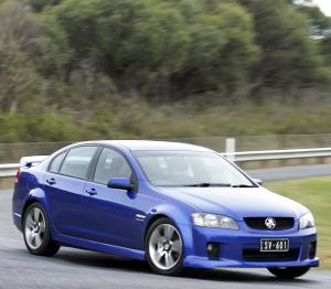 Holden Commodore: 10 фото