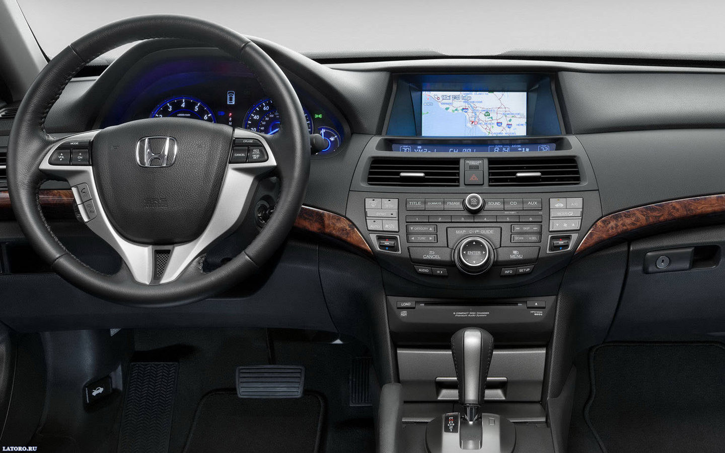 Honda Accord Crosstour: 11 фото