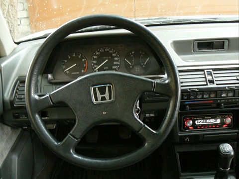 Honda Accord III: 10 фото