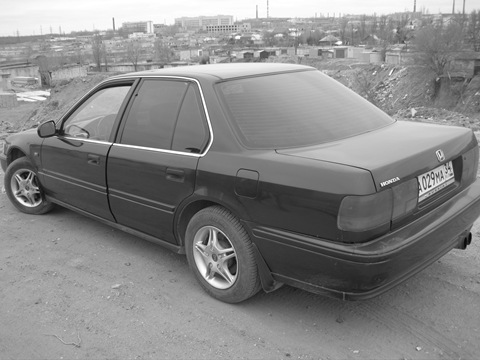 Honda Accord IV: 12 фото