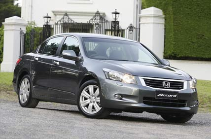 Honda Accord V: 08 фото