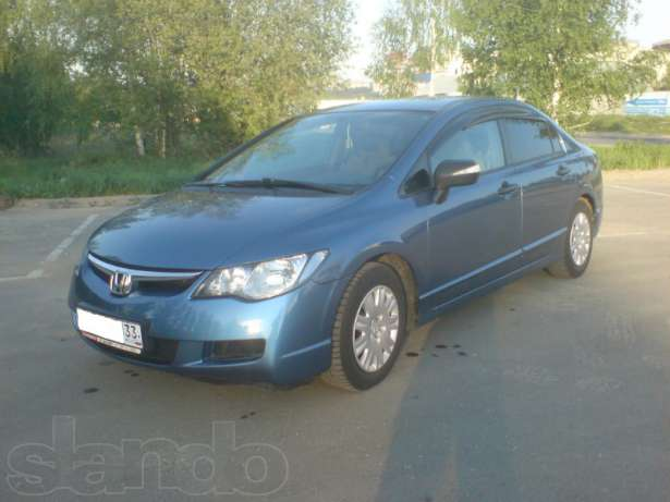 Honda Civic 4D VIII: 06 фото