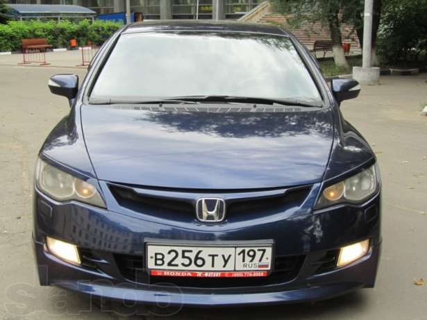 Honda Civic 4D VIII: 07 фото