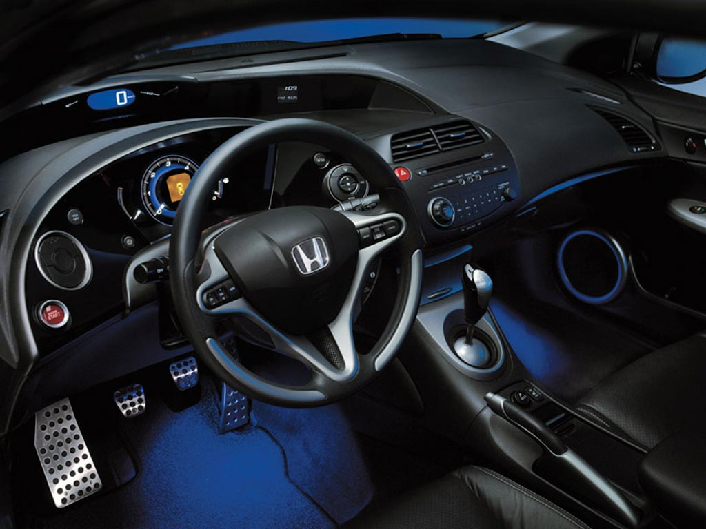 Honda Civic 5D: 1 фото
