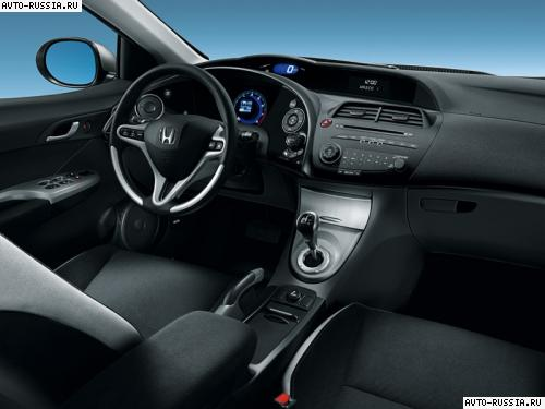 Honda Civic 5D: 3 фото