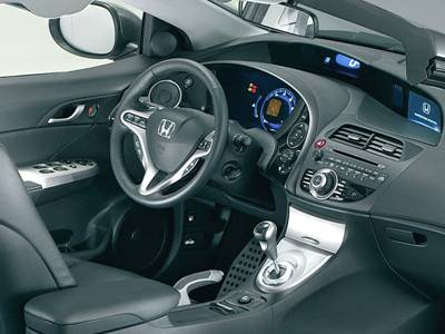 Honda Civic 5D: 8 фото