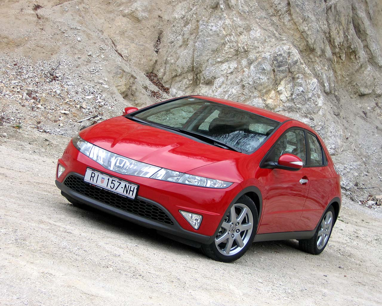 Honda Civic: 06 фото