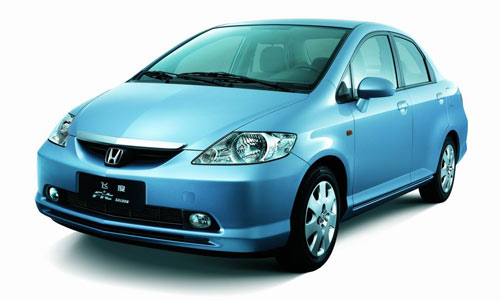 Honda Fit Aria: 06 фото