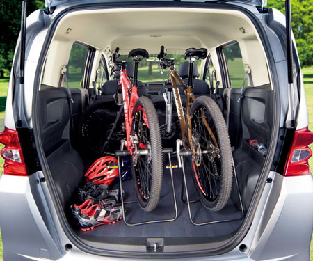 Honda Freed: 9 фото