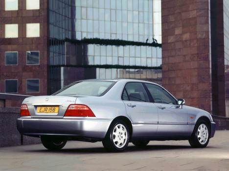 Honda Legend III: 09 фото