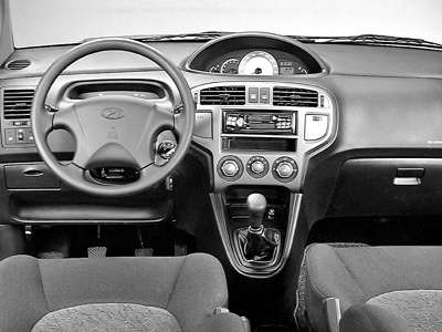 Hyundai Matrix: 11 фото