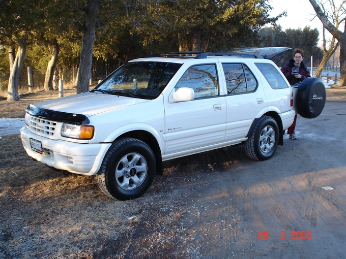 Isuzu Rodeo: 10 фото