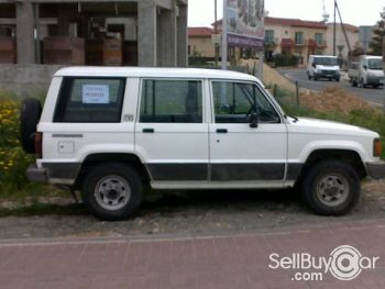 Isuzu Trooper: 9 фото