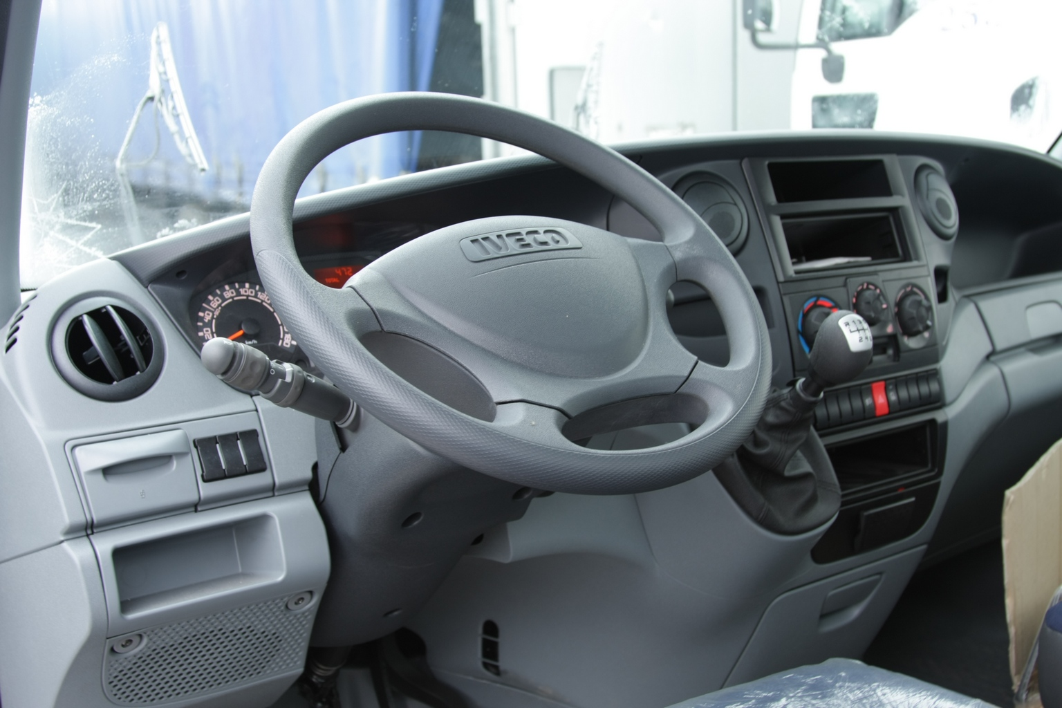 Iveco Daily - 1536 x 1024, 12 из 16