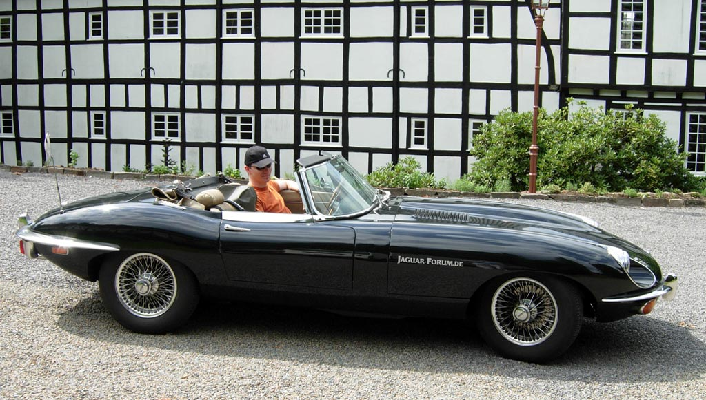 Jaguar E-Type: 3 фото