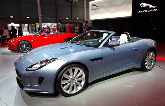Jaguar F-Type: 04 фото