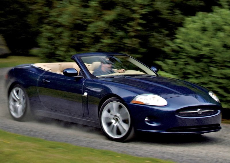 Jaguar XK Convertible: 7 фото