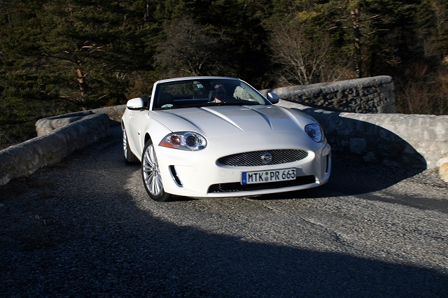 Jaguar XK Convertible: 12 фото