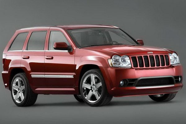 Jeep Grand Cherokee SRT8: 10 фото