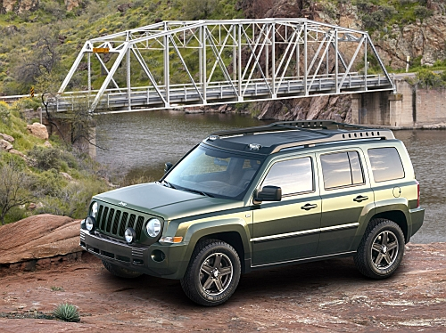Jeep Patriot: 7 фото