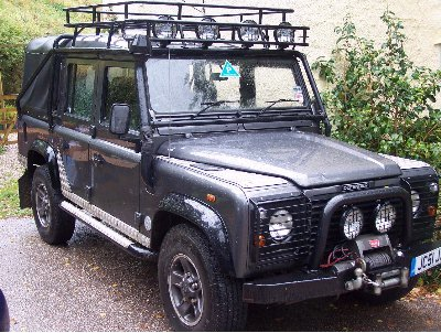 Land Rover Defender 110: 04 фото