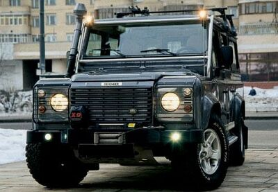 Land Rover Defender 110: 06 фото