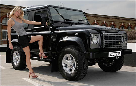 Land Rover Defender 90: 07 фото