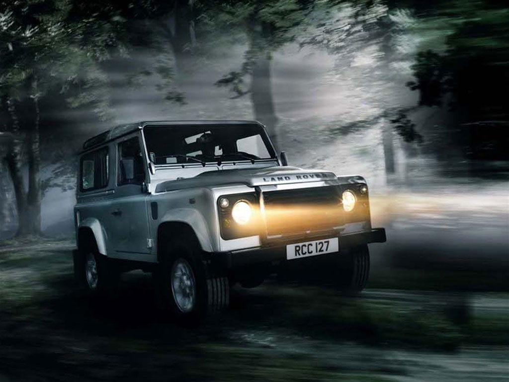 Land Rover Defender 90: 08 фото