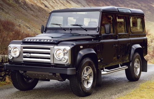 Land Rover Defender: 11 фото