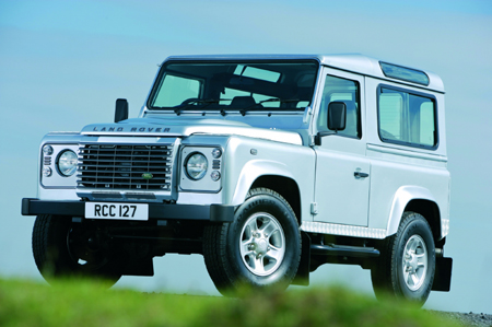 Land Rover Defender: 12 фото