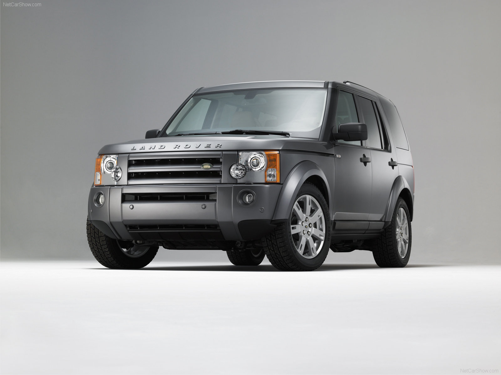 Land Rover Discovery: 2 фото