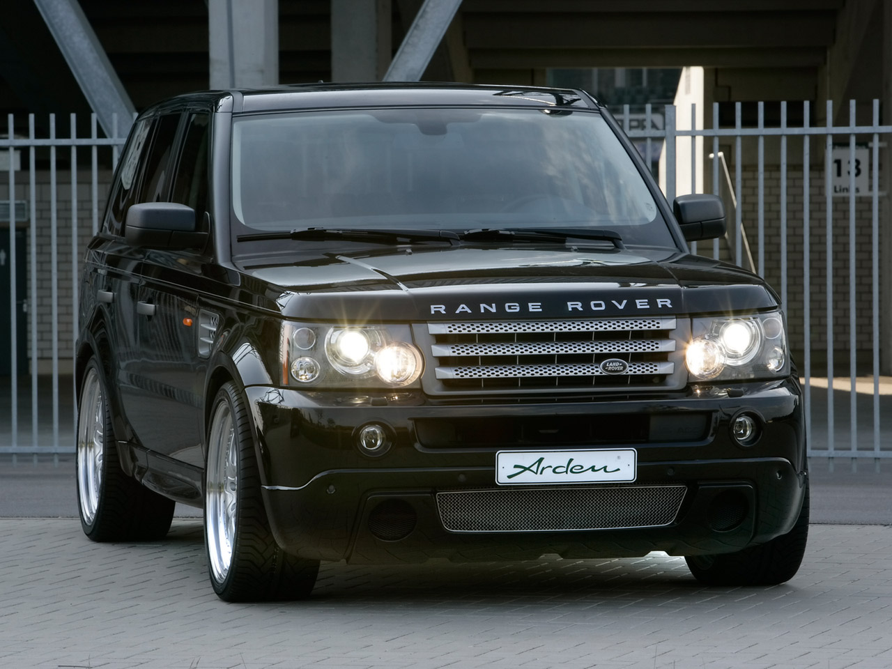 Land Rover Range Rover Sport: 08 фото