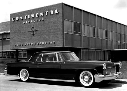 Lincoln Continental Mark Series: 9 фото