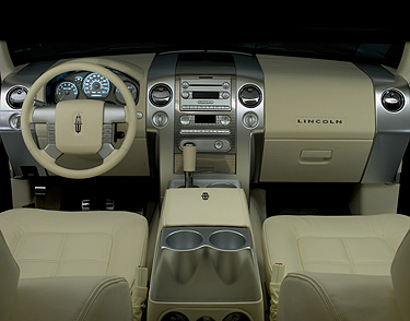 Lincoln Mark LT: 4 фото
